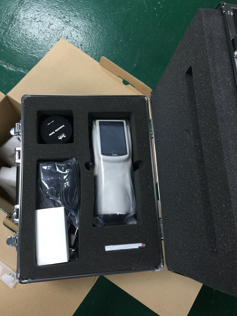 NS820 4mm spectrophotometer